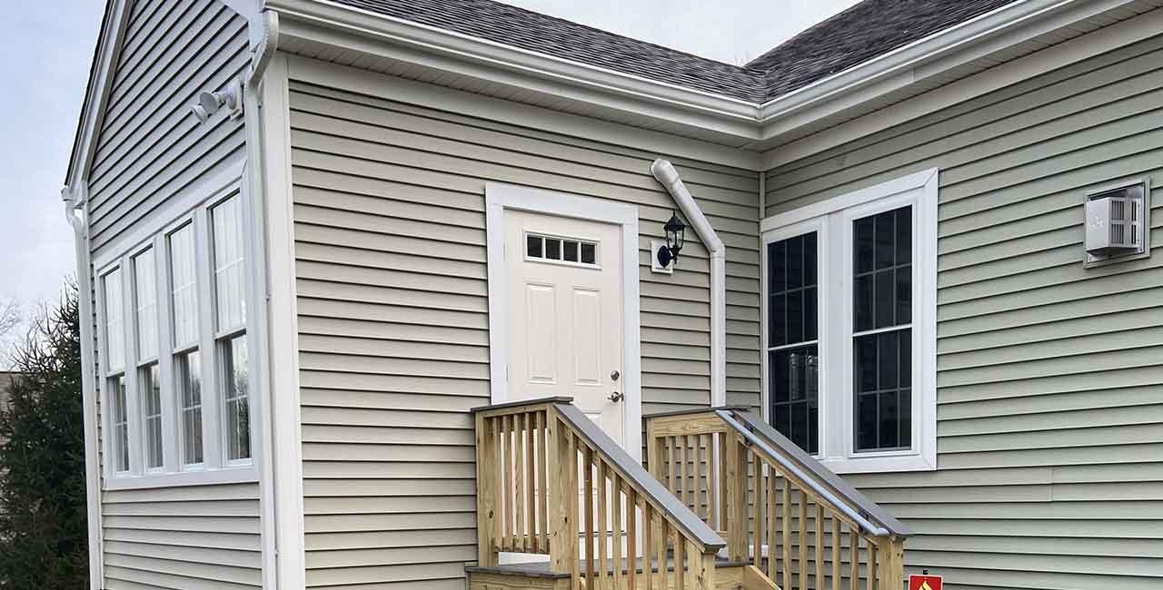 Danen-sun-room-addition-exterior